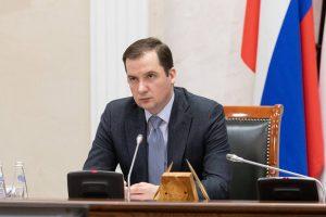 Александр Цыбульский поручил реализовать новые меры поддержки, обозначенные Президентом РФ, без бюрократических проволочек