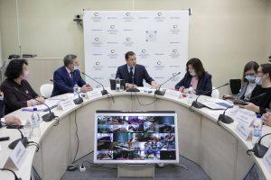 Для педагогов Архангельской области будет создана единая система оплаты труда