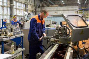 «Производительность труда и поддержка занятости»: в нацпроекте участвуют семь предприятий Поморья