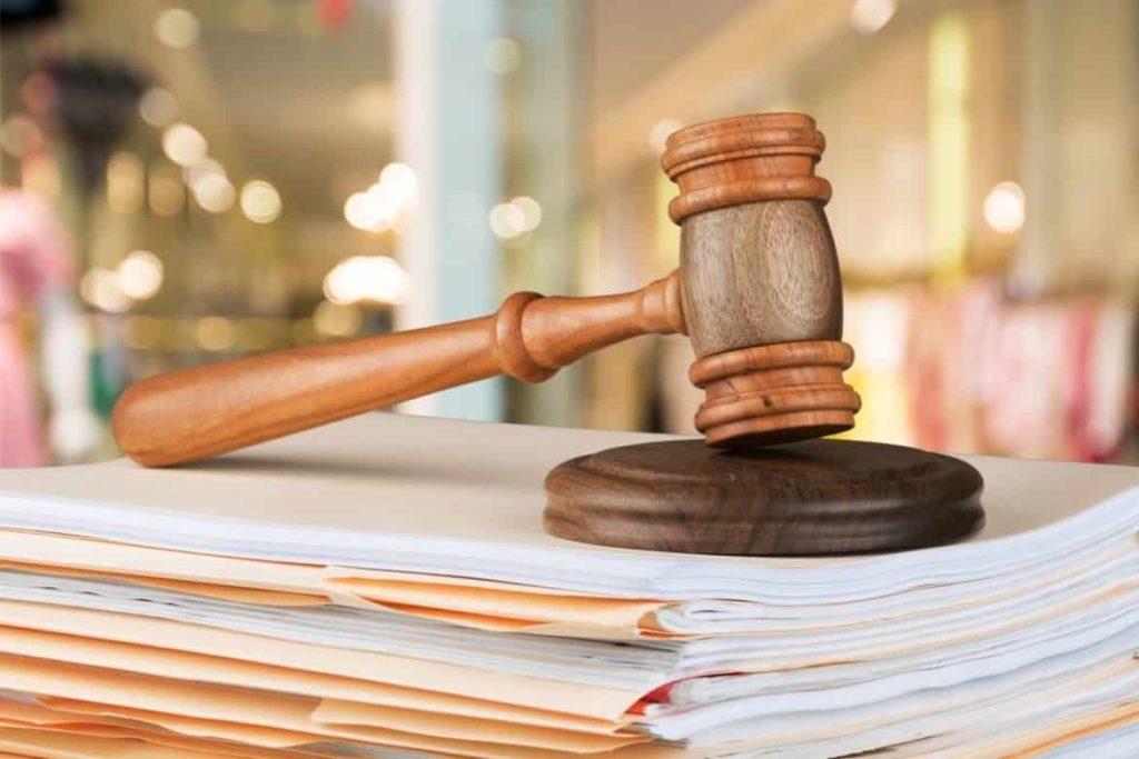 Какие законы в сфере труда, занятости и соцподдержки вступают в силу в январе
