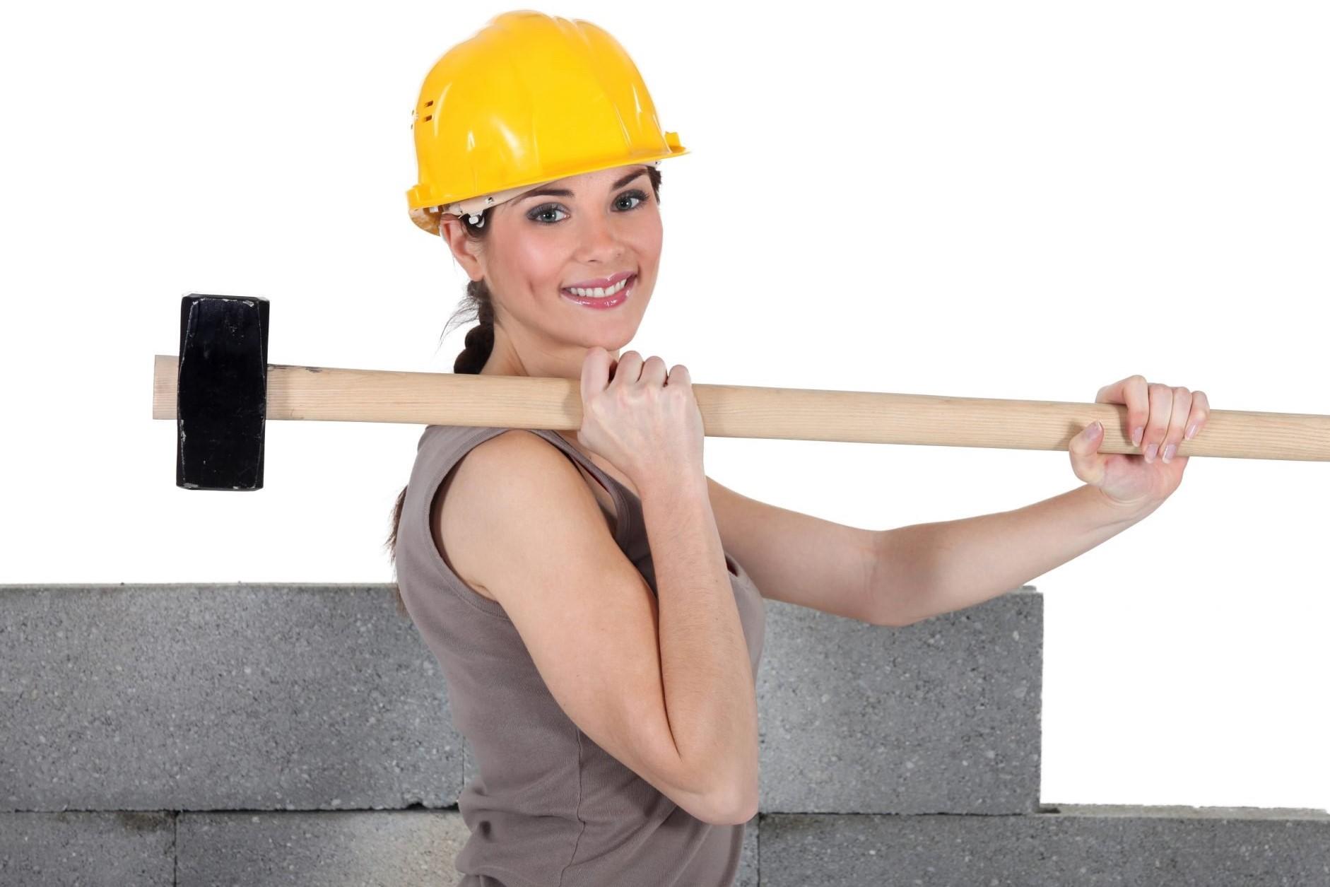 Минтруд РФ расширил перечень профессий для женщин