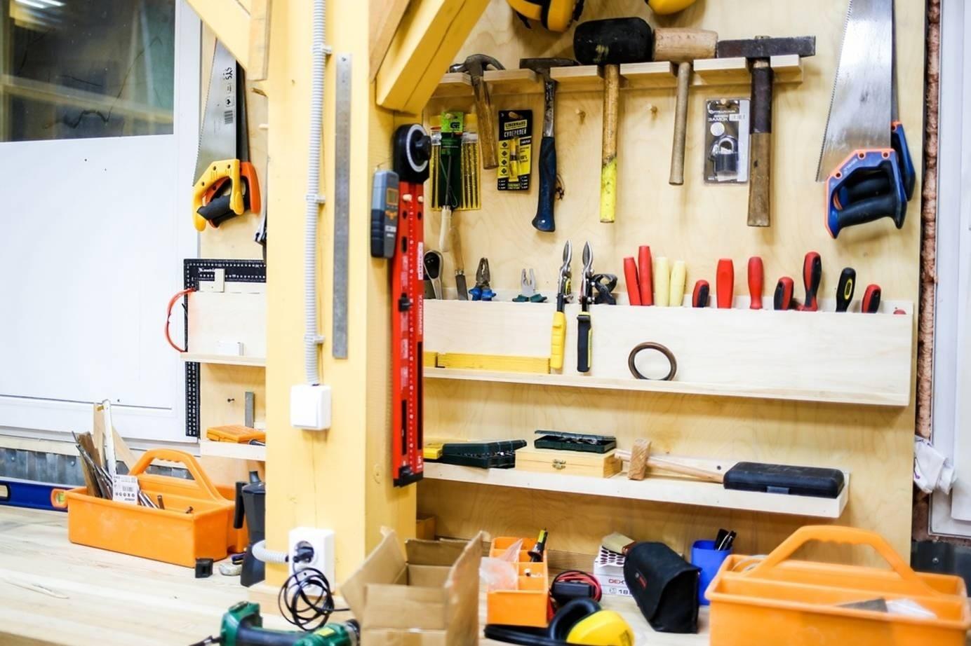На верфи Товарищества поморского судостроения научат столярному и плотницкому мастерству