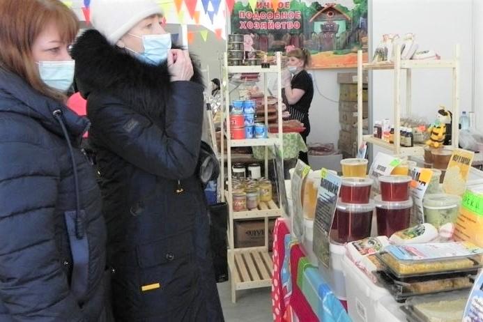 В регионе продолжаются проверки соблюдения масочного режима на потребительском рынке