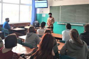 Студентов Устьянского индустриального техникума познакомили с новым проектом областного центра занятости