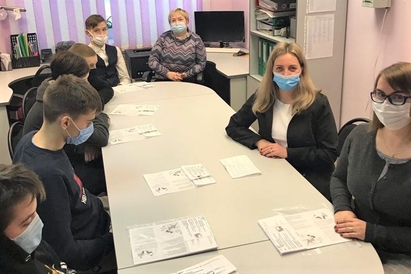 Специалисты службы занятости встретились с несовершеннолетними, состоящими на профилактическом учете