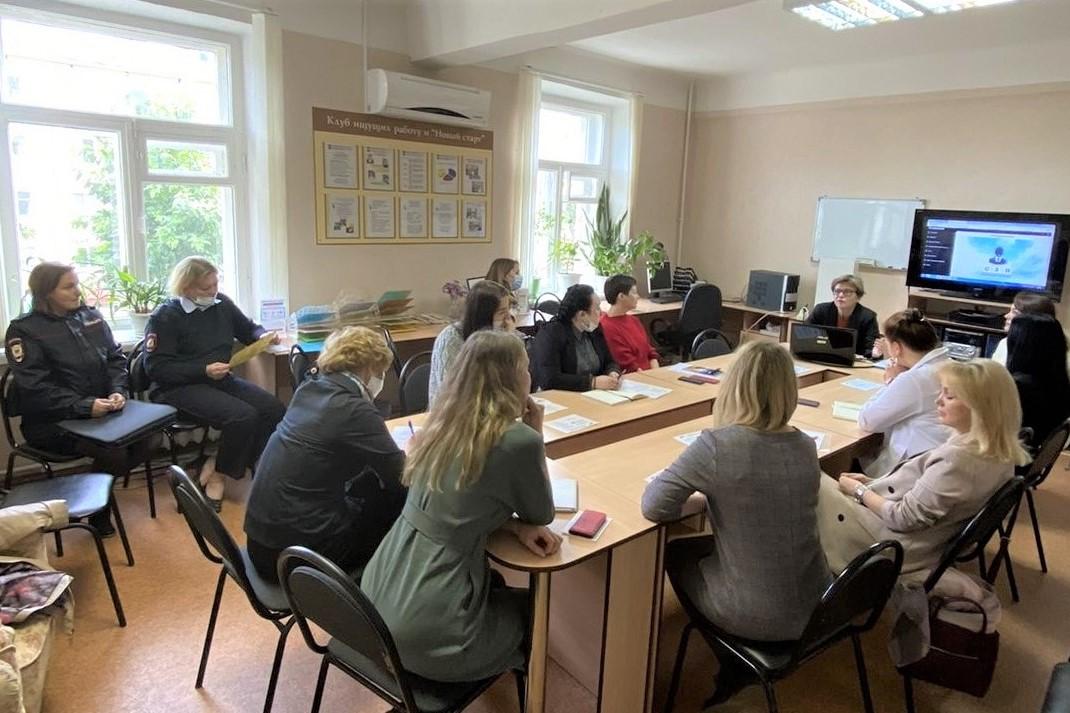 Новые возможности сохранения рабочих мест и заполнения свободных вакансий обсудили в Клубе работодателей Северодвинска