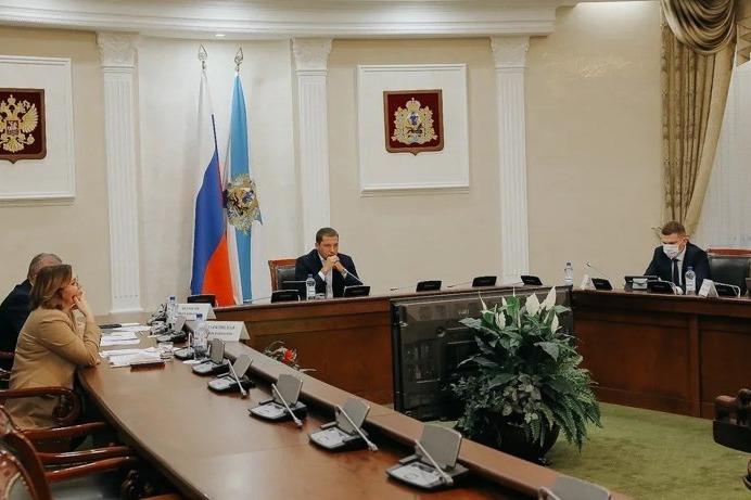 В Архангельской области будут введены QR-коды для посещения общественных мест